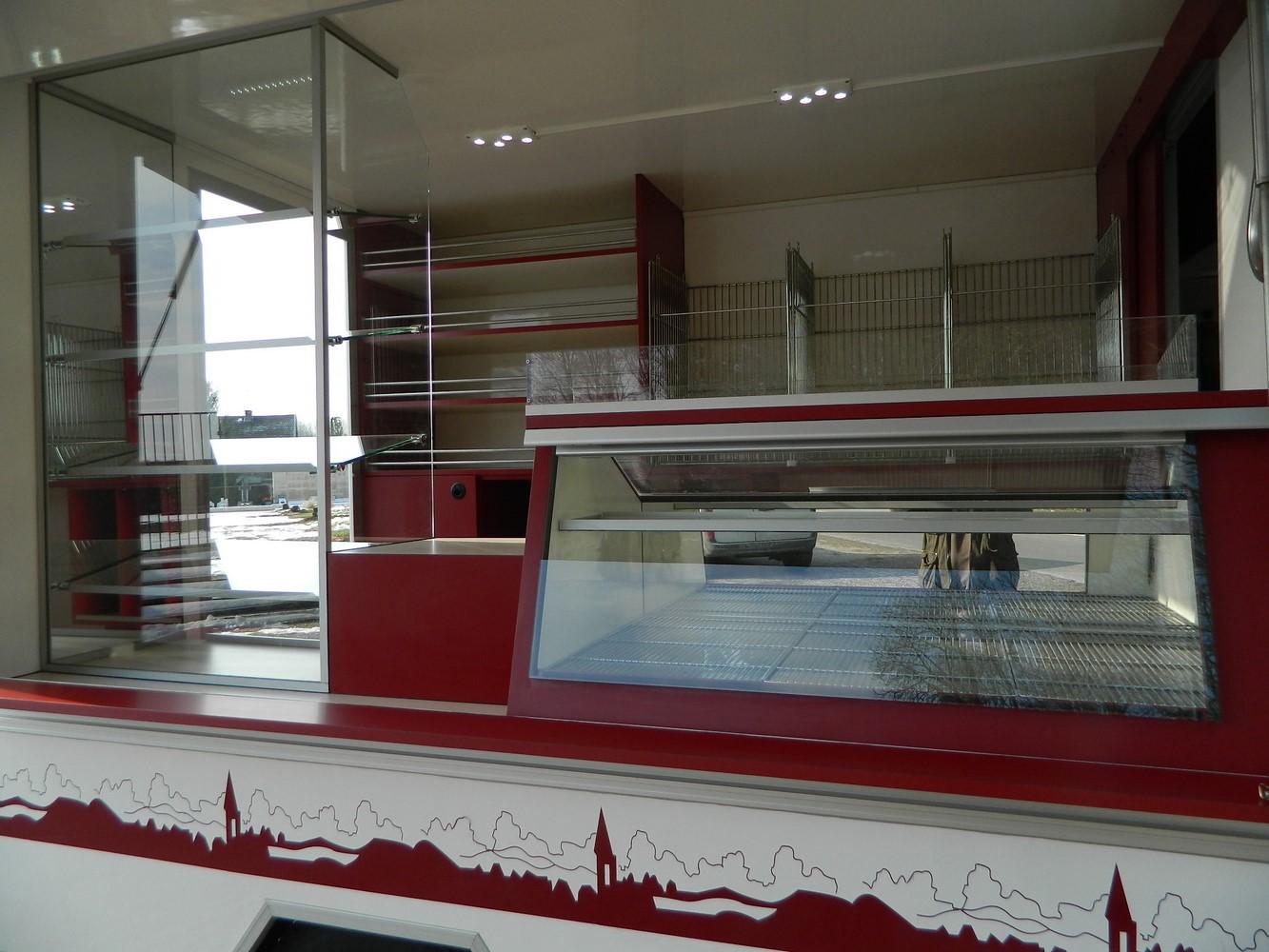 Le-Camion-Magazin-Boulangerie-Cellule5