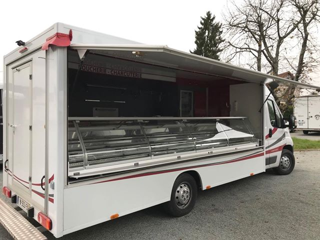 camion magasin boucherie charcuterie démonstration