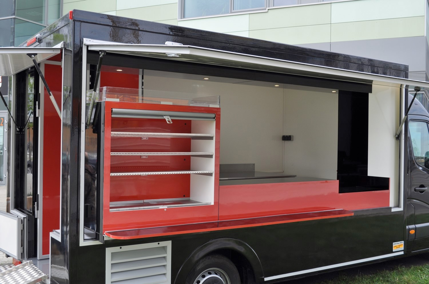 Hot Un Stock >> Food Truck | Le Camion Magasin